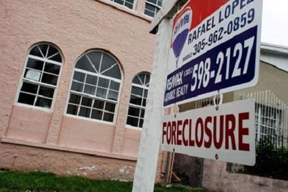 EUA: imóveis ainda em baixa